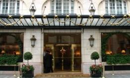 Le Bristol Paris célèbre ses 90 ans d'excellence